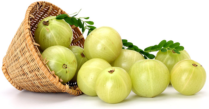 Amla Juice or Amla ke Fayde in Hindi